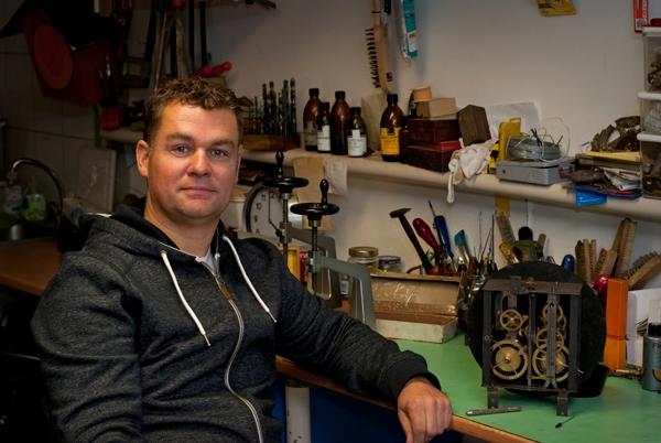 Robert van der Werf, Klokkenmaker Sneek